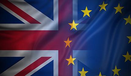 Brexit, Londra fuori dalla Ue. Cosa succede adesso: negoziati, passaporti, lavoro